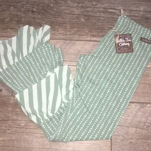Matilda Jane • green pattern ruffle pants • 13 NWT
